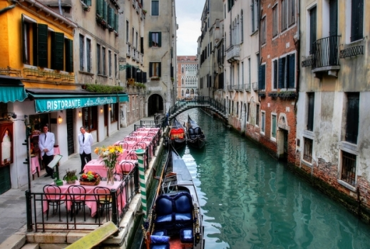 bigstock-small-restaurant-on-venetian-c-18389942