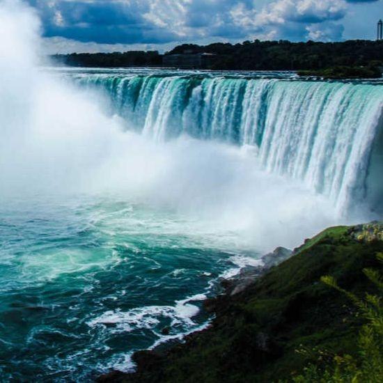 niagara-falls-canadian-side